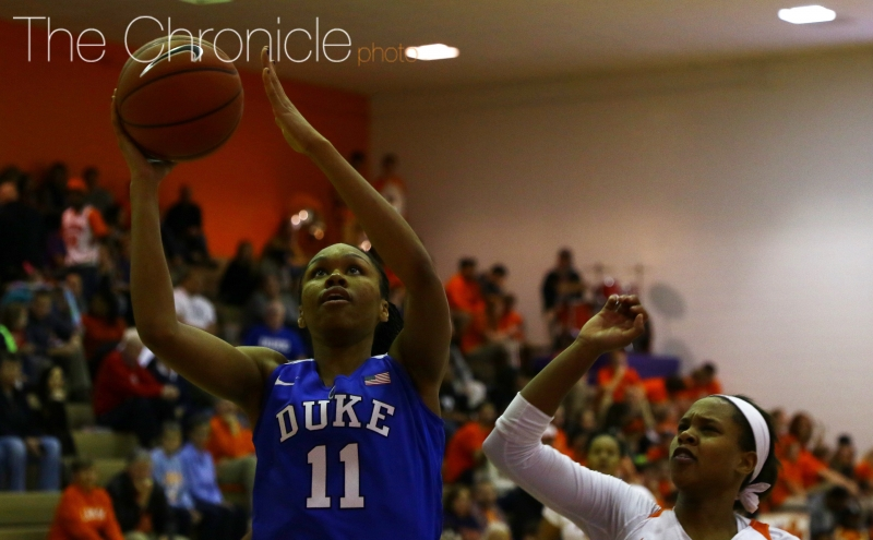 Sophomore Azurá Stevens and the Blue Devils reeled off a flurry of lay-ups to open the third quarter as the Blue Devils pulled away from Clemson.