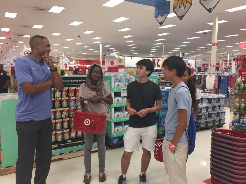 Duke basketball legend Grant Hill helps Class of 2020 students shop for dorm room items from Target as part of O-week tradition