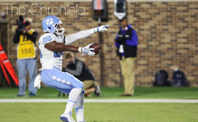 North Carolina put up three early touchdowns in the first half but was unableto find the end zone after that.