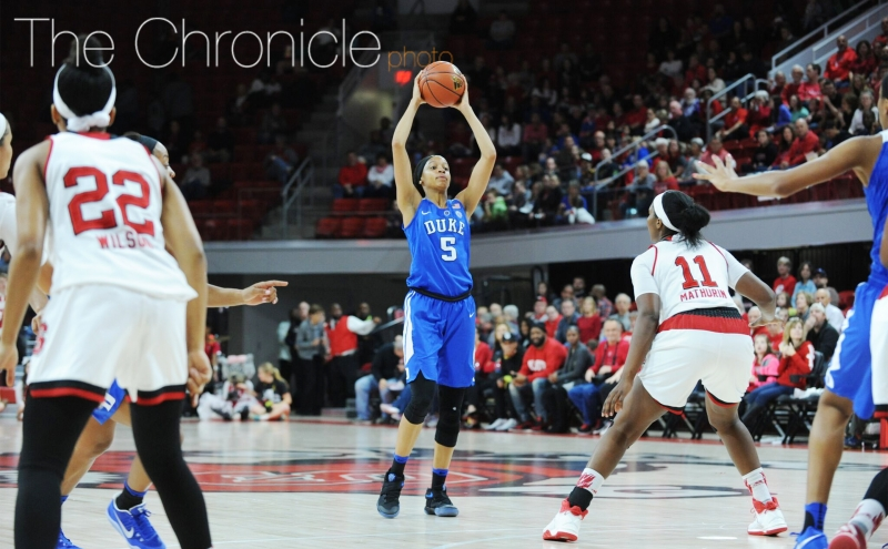 Freshman Leaonna Odom led the team in scoring for the first time this season with 15 points Thursday against North Carolina but had a tip-in roll off the rim late in Sunday's game.