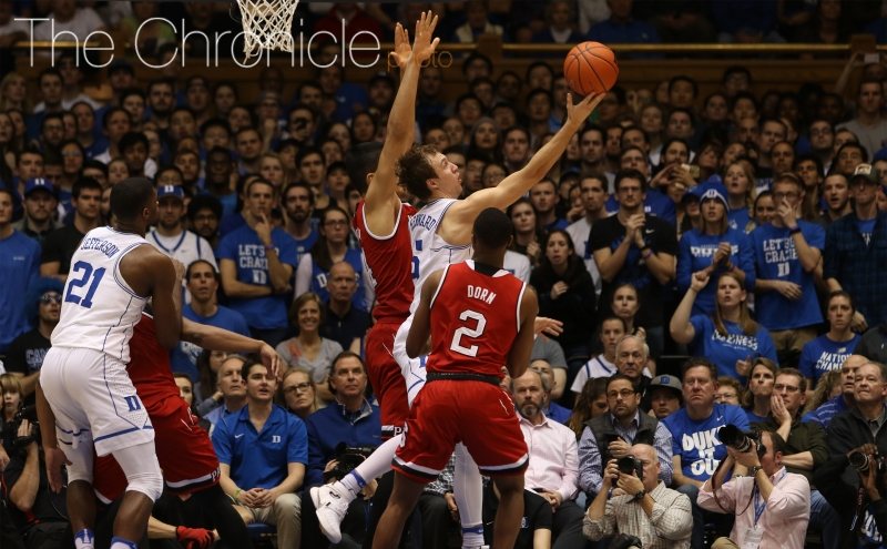 Sophomore Luke Kennard hit a go-ahead 3-pointer to respond to one of Smith Jr.'s haymakers, but that was one ofthe few clutch buckets Duke found Monday night.