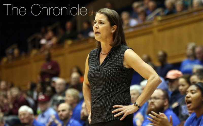 Head coach Joanne P. McCallie bolstered her 2017-18 frontcourt with the addition of Bego Fez Davalos.