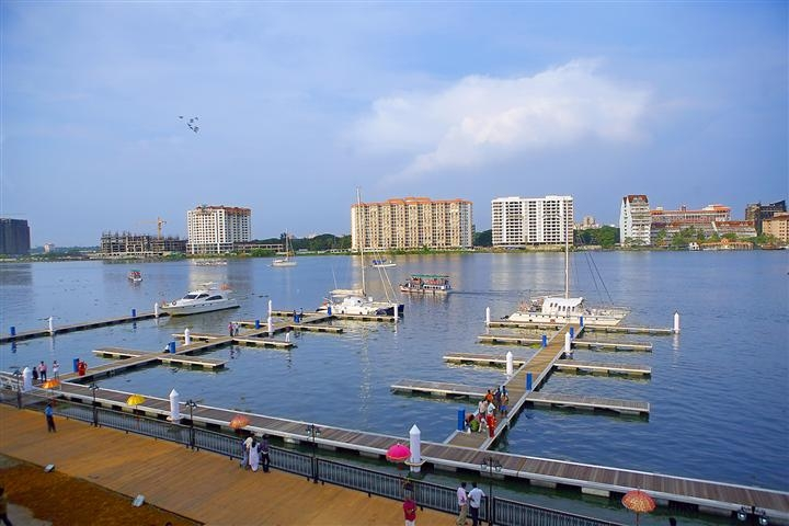 The famous Kochi International Marina in Kochi, India, the location of one of DukeEngage programs that was delayed, is pictured here.