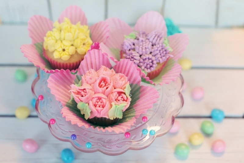 "Researchers tested a ""plain"" version—like a standard frosted cupcake or unembellished toilet paper—against a ""pretty"" version—like a cupcake with a frosted flower or toilet paper with an embossed design."