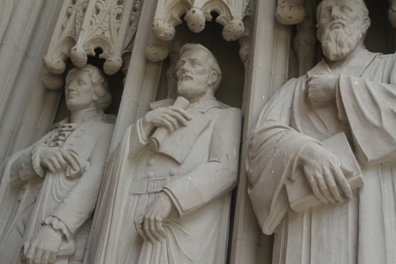 The statue of Confederate Gen.Robert E. Lee on Duke Chapel is situated between Thomas Jefferson and poet Sidney Lanier.