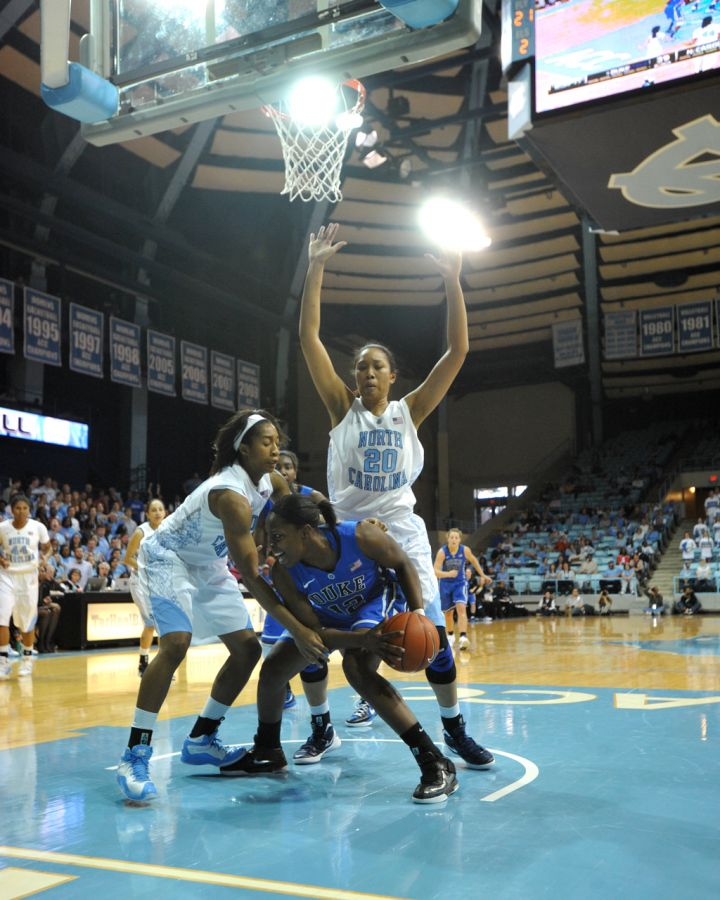 Chelsea Gray played on the same club team in California as Oderah Chidom, who committed to Duke.