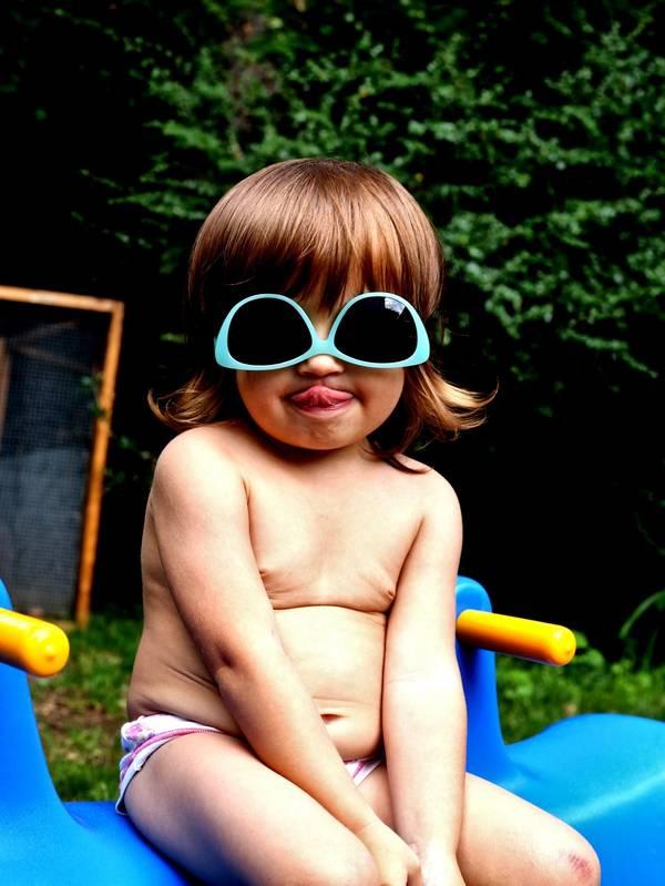 Sonnenbrillenfrechheit