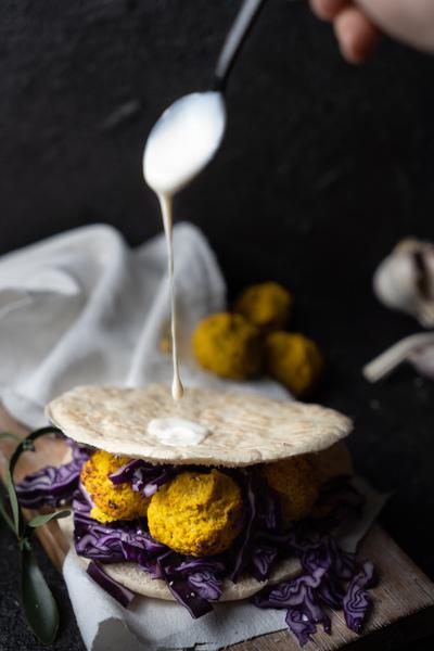 Pita Brot mit Falafel
