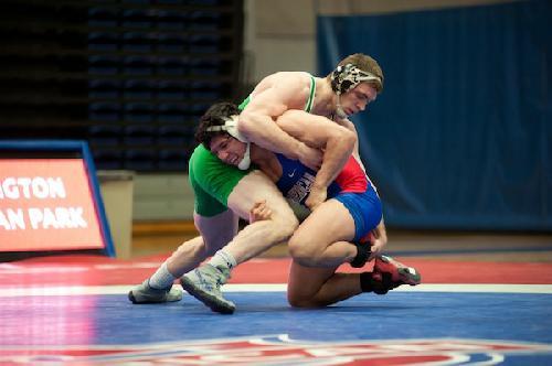 AU wrestling upsets No. 19 Binghamton