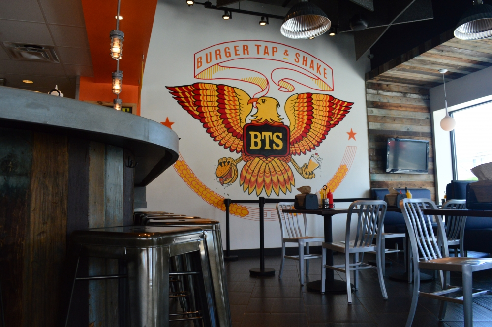 Burger Tap & Shake closes in Tenleytown