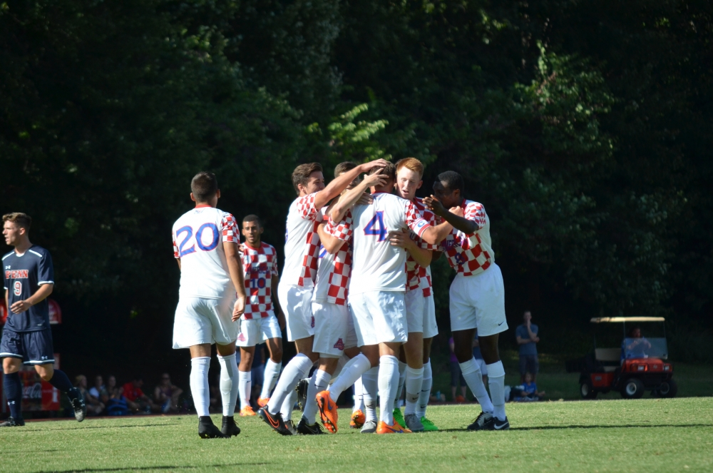 Men's soccer defeats University of Pennsylvania with a 4-0 shutout