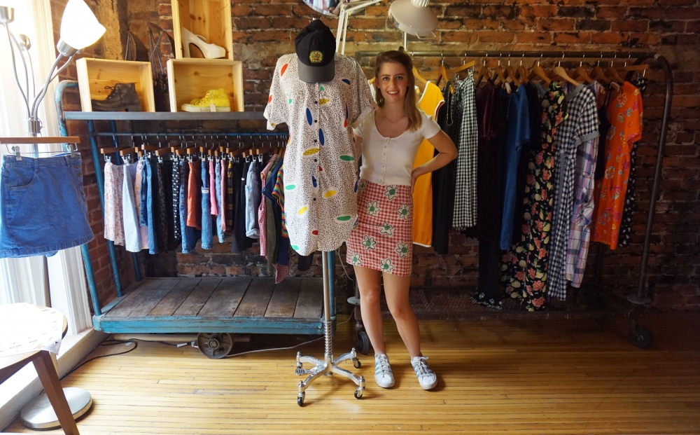 opens pop-up vintage clothing store in Woodley Park