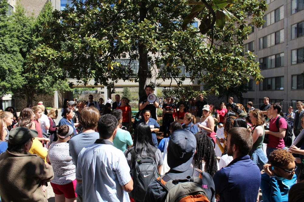 'Hold Aramark Accountable' rally pushes students to act