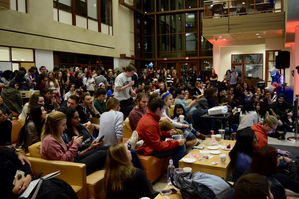 Satire: Students too hungry for political power to notice free food on election night