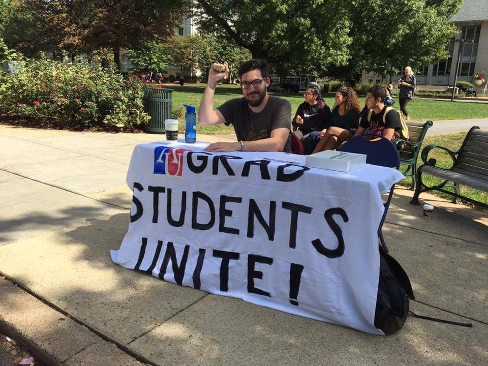 Graduate student workers file to form union