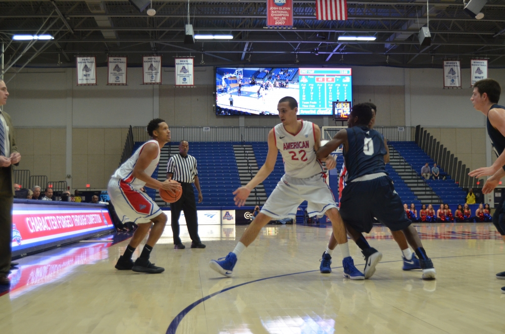 Straight from print: Transfers leave men's basketball in tough spot