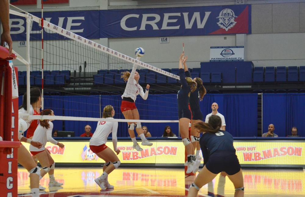 Women's volleyball completes five-set comeback against Navy