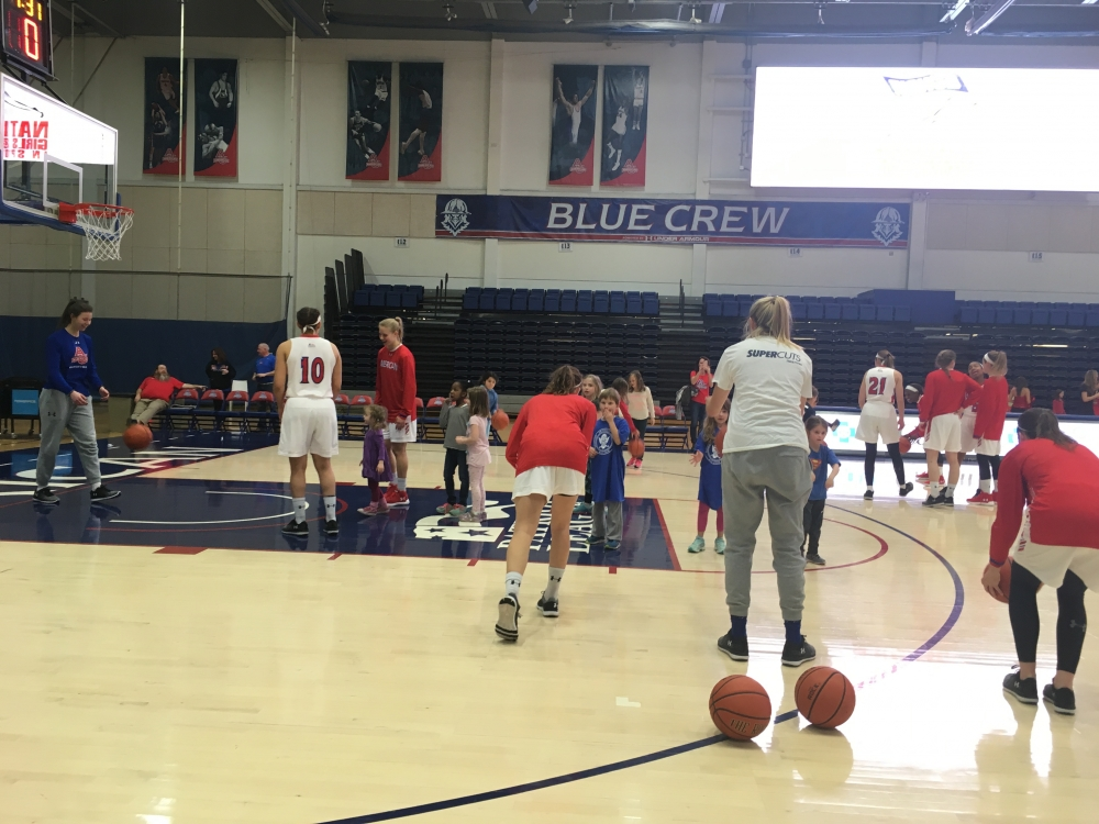 Women's basketball overcomes 12-point deficit; defeats Army West Point in overtime