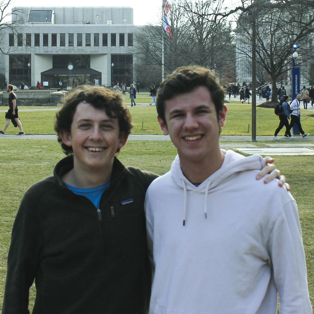 'Go Wonk Yourself': Two freshmen launch podcast on bipartisan politics