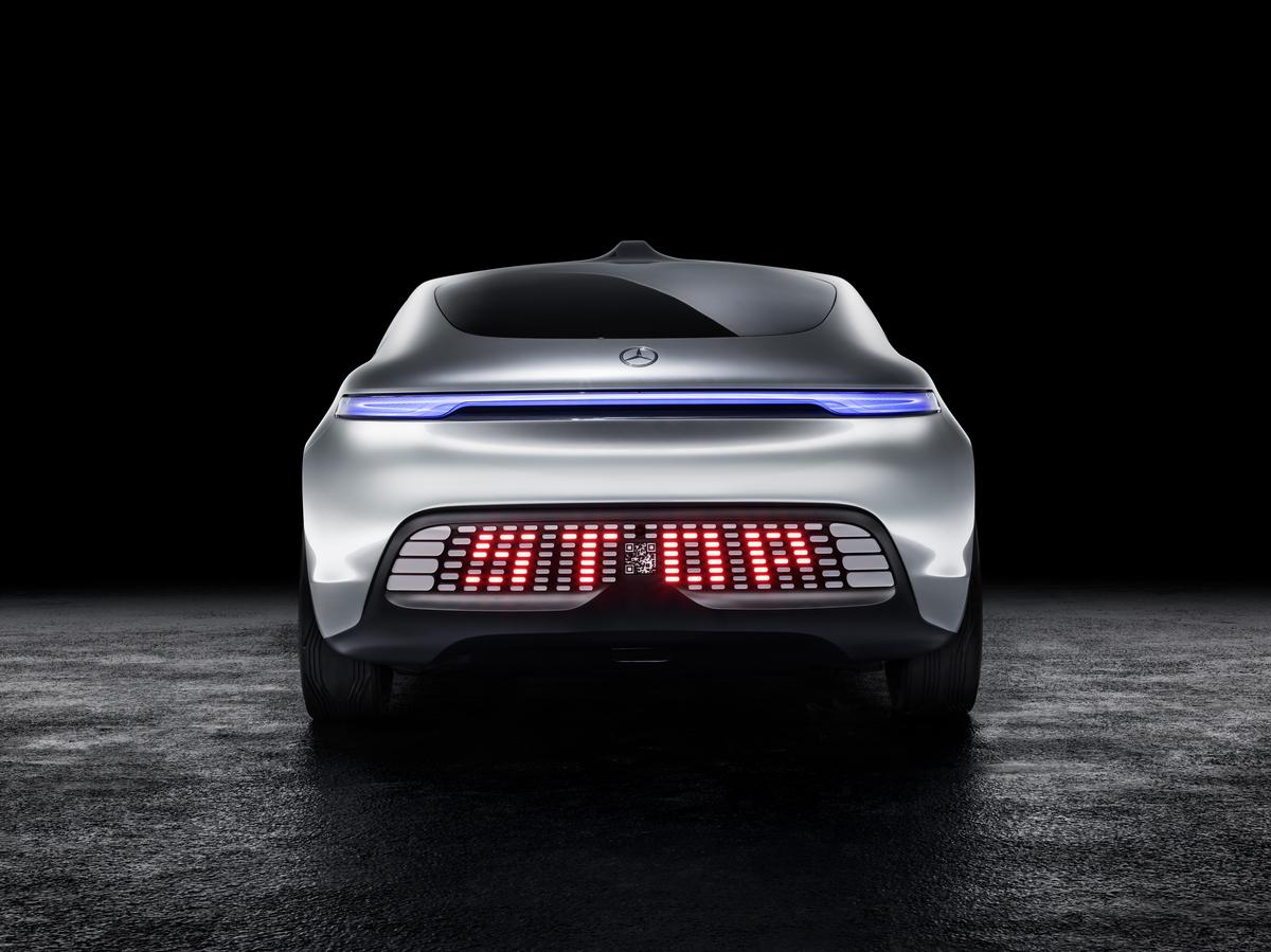 Mercedes-Benz F 015 Luxury In Motion World Premiere