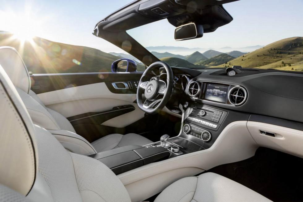 Mercedes-AMG SL 63, leather black, trim: AMG carbon