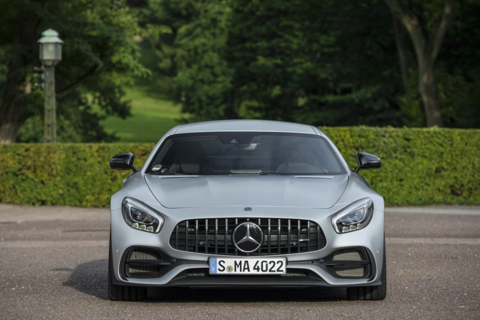 Mercedes-AMG GT S; designo iridiumsilber magno