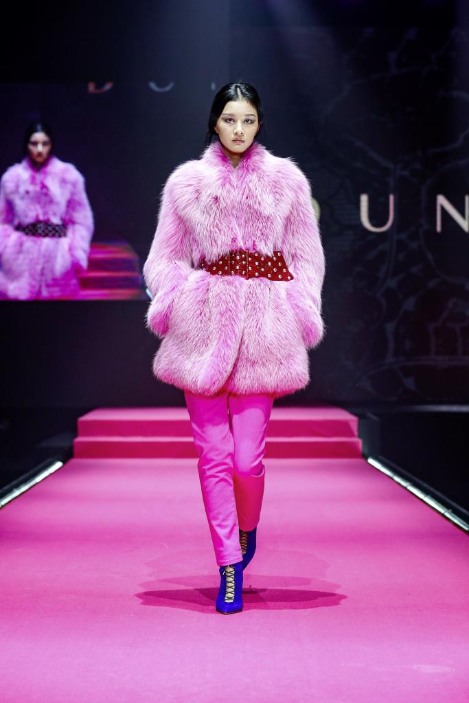 Label DUNDAS auf der Mercedes-Benz China Fashion Week   Label DUNDAS at Mercedes-Benz China Fashion Week