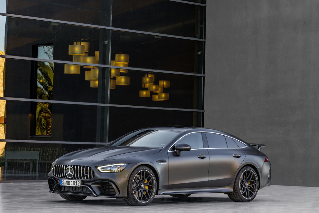 Mercedes-AMG GT 63 S 4MATIC+ 4-Door Coupé, AMG Carbon-packet, Exterior: Exterior paint: graphite grey magno, colour variation black;Fuel consumption combined: 11,2 l/100 km; CO2 emissions combined: 256 g/km* (provisional data)