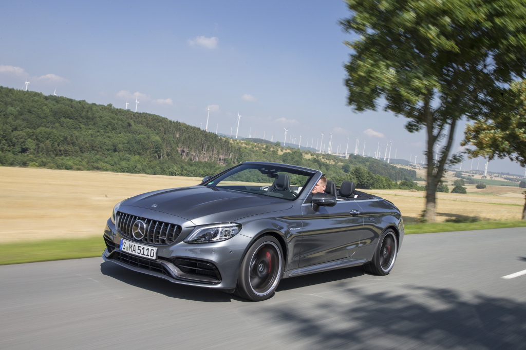 Mercedes-AMG C 63 S Cabriolet, selenite grey metallic; AMG nappa leather black;Fuel consumption combined: 10.4 l/100 km; combined CO2 emissions: 236 g/km*