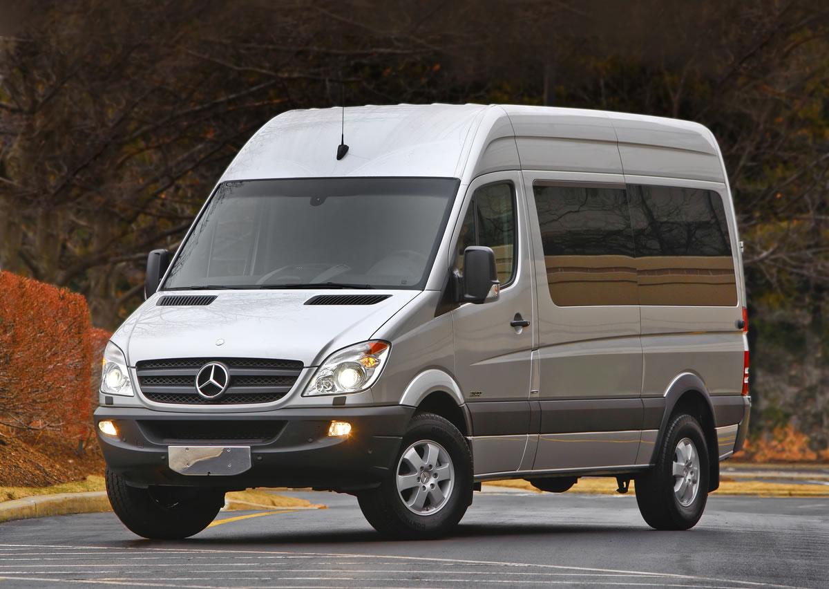 Mercedes-Benz Sprinter Food Truck On Display in Chicago