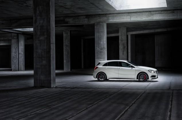 2014 Mercedes A45 AMG exterior