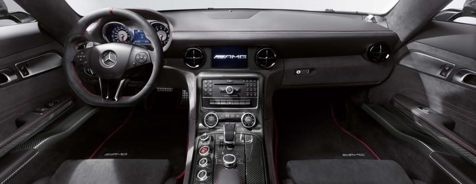2014 Mercedes SLS AMG Coupe Black Series center console