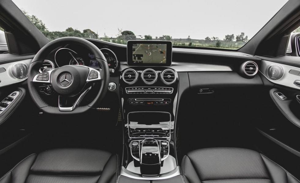Review of the 2015 Mercedes-Benz C300 4MATIC | eMercedesBenz