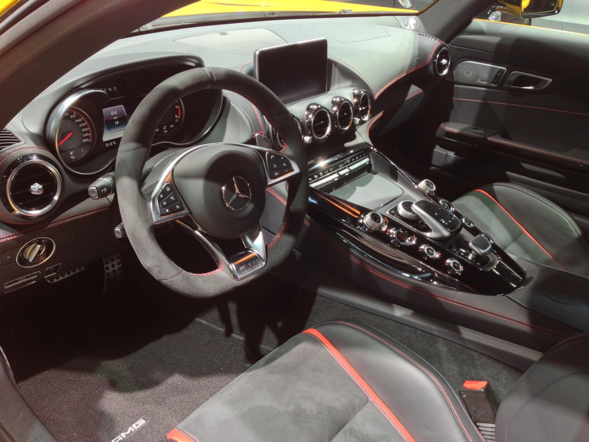 2015 Mercedes Amg C63 And C63s Emercedesbenz