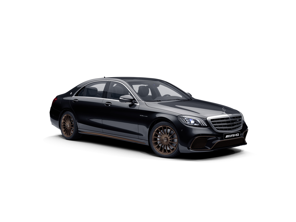 Mercedes-AMG S 65 Final Edition;Combined fuel consumption 14.2 l/100 km, combined CO2 emissions 325 g/km*