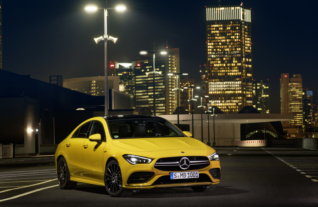Mercedes-AMG CLA 35 4MATIC, sun yellow;Fuel consumption combined: 7.3-7.2 l/100 km; combined CO2 emissions: 167-164 g/km*