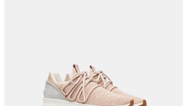 Women's Kinetic Lace Sneaker