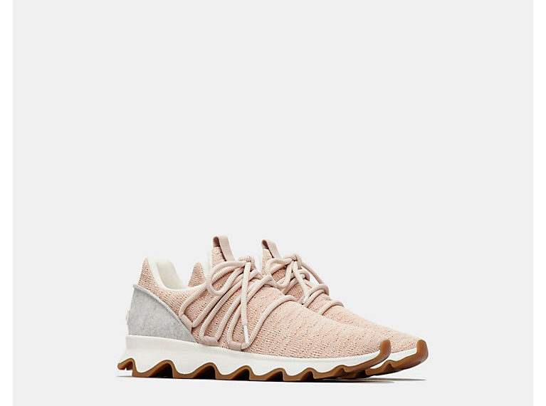 Women's Kinetic Lace Sneaker