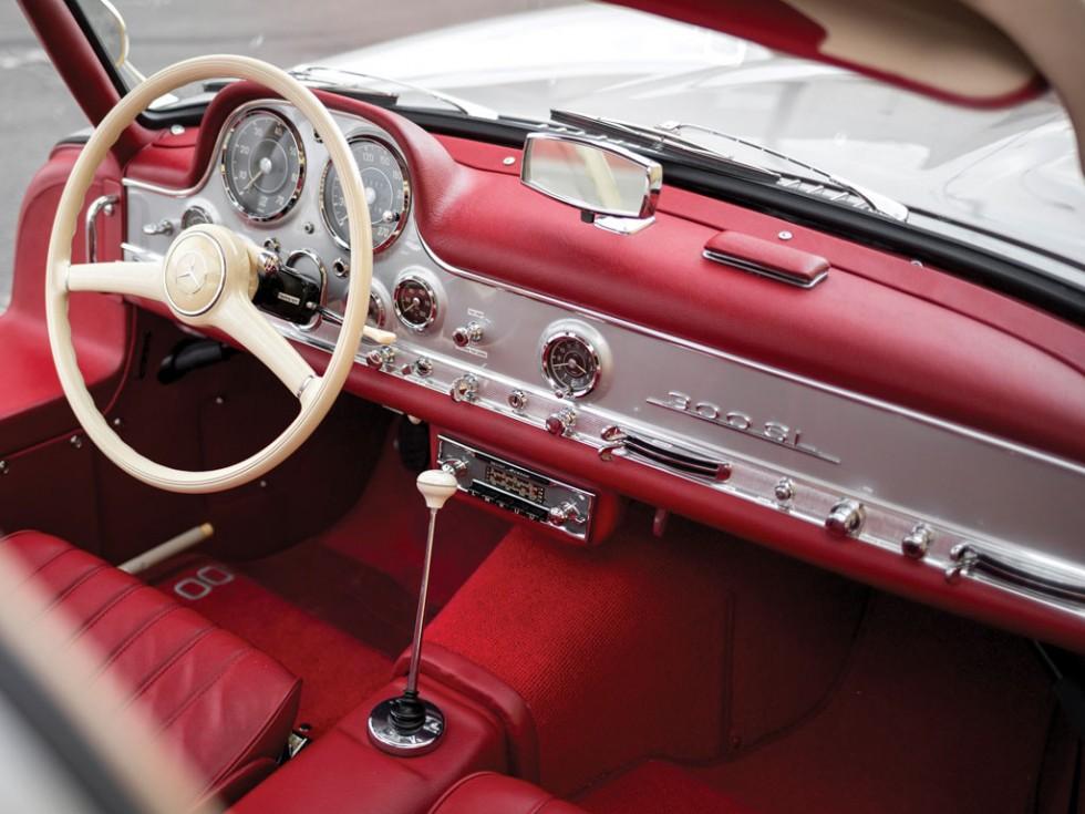1955 Mercedes-Benz 300 SL Alloy Gullwing interior