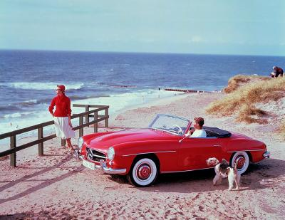 Mercedes-Benz 190 SL (W 121, 1955 to 1963). Contemporary advertising photo taken in the 1950s on the island of Sylt