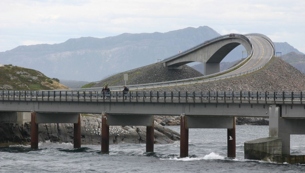 The road itself isn't long- just over 5 miles, but this short Norwegian road has a reputation rivaling even some of the most iconic American roads such as Route 66 and the Loneliest Road