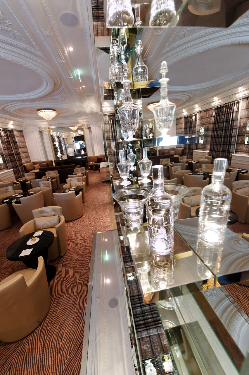 Hotel Hermitage Monte Carlo Crystalbar Bar and Seating Area
