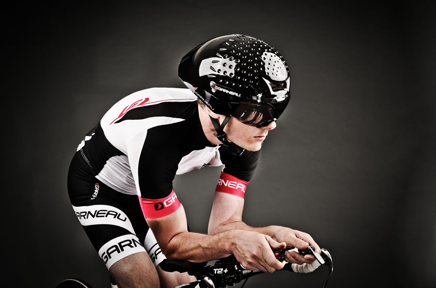 Louis Garneau VORTTICE Aero Helmet front and side view