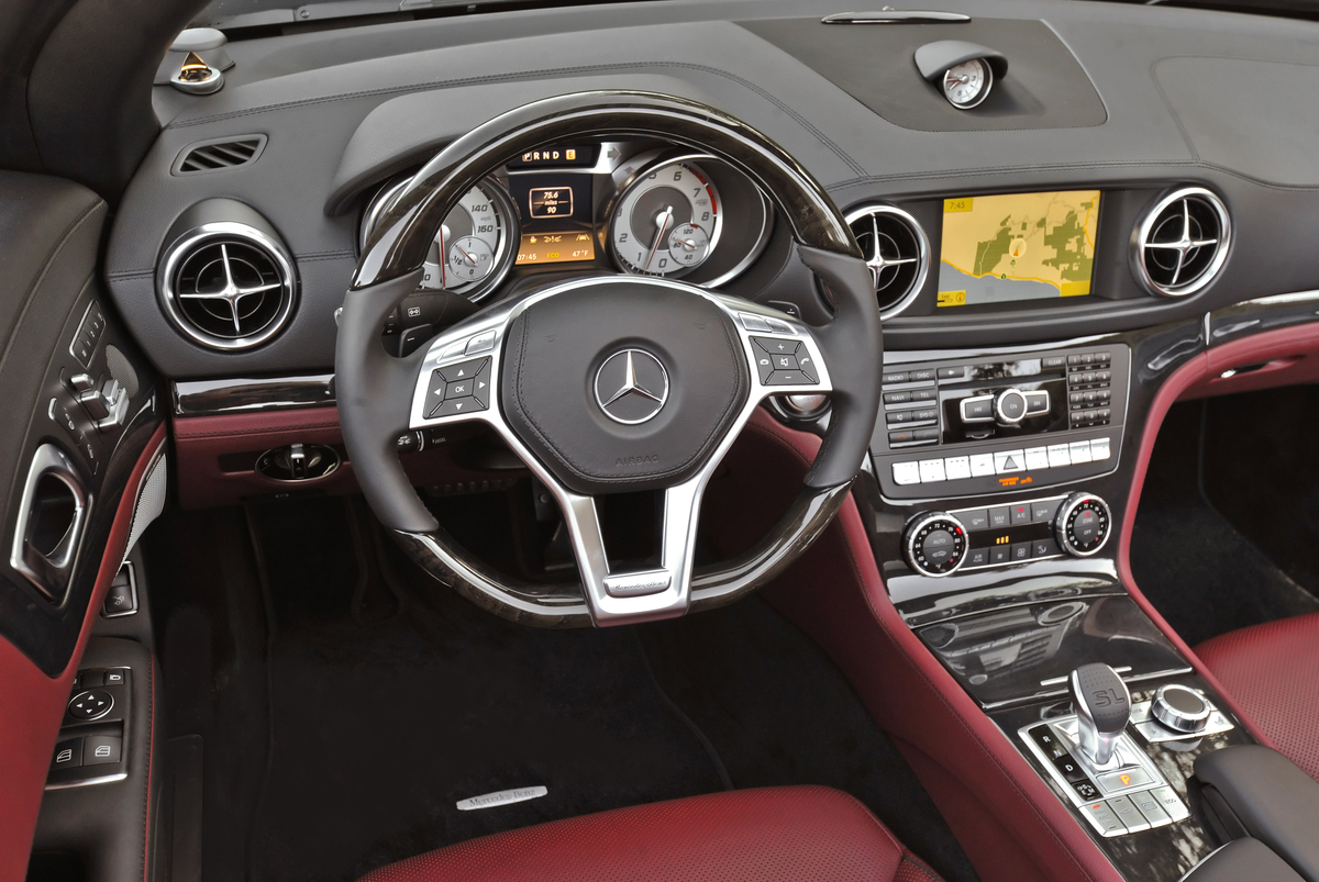 2013 Mercedes-Benz SL550 Interior