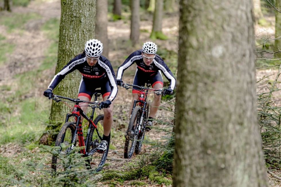 Mercedes-AMG sponsors the AMG Rotwild mountainbike racing team