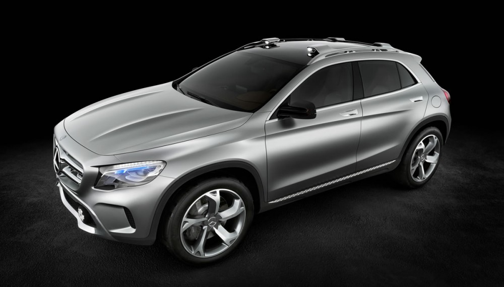 2014 Mercedes GLA Video Tease