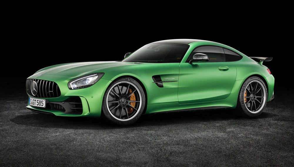 """Mercedes-AMG GT R Inside the """"Green Hell"""""""