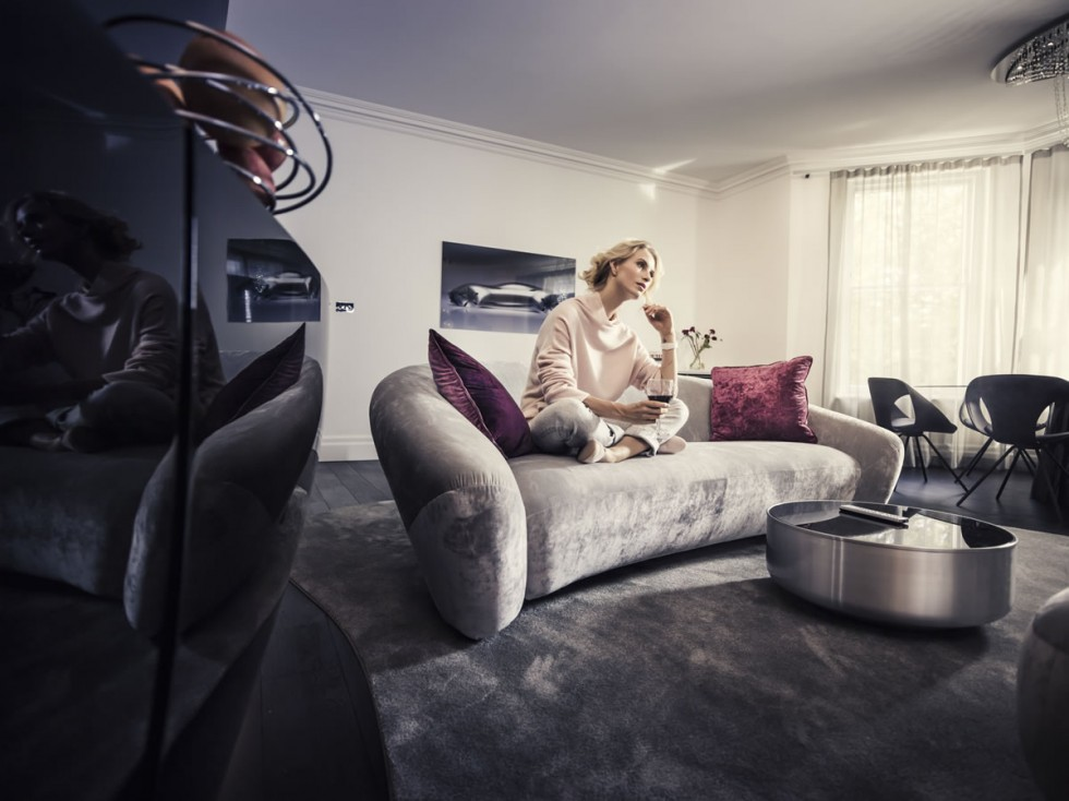 "The apartments of ""Mercedes-Benz Living @ Fraser"" have been designed by Mercedes-Benz Style. The designers' goal is to give the occupants a sense of Mercedes-Benz exclusivity."
