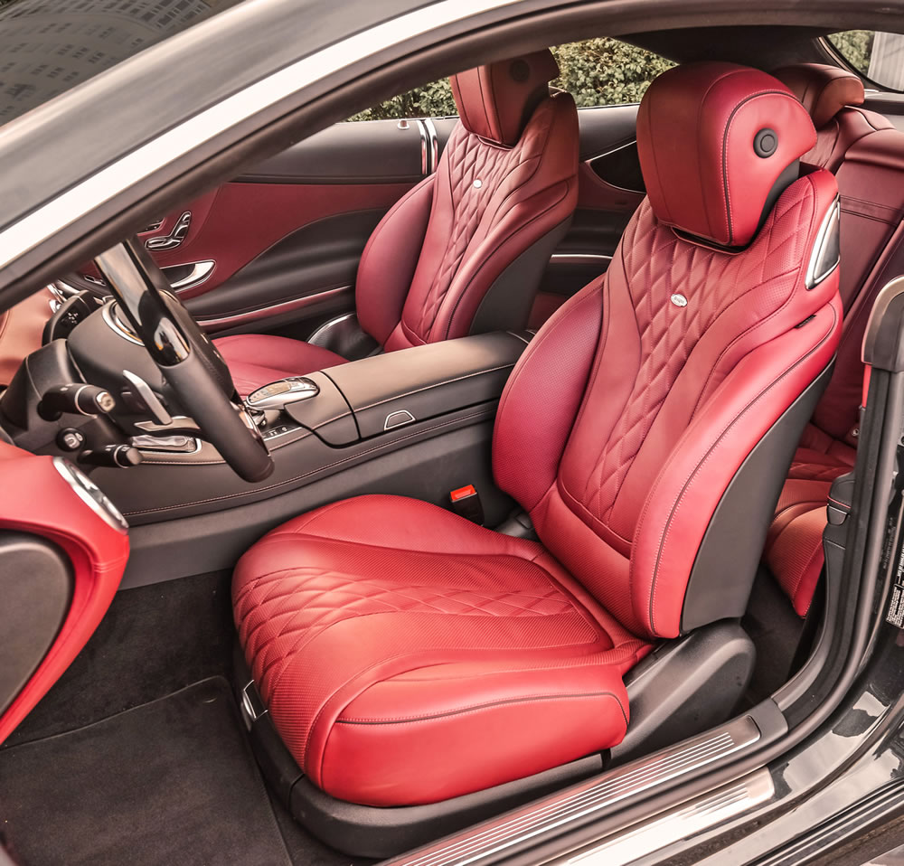 S550 4MATIC Coupe Interior