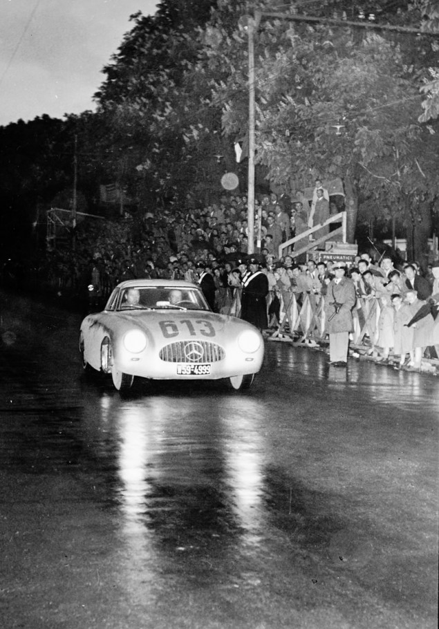 Mille Miglia, 3 to 4 May 1952. Driving team Rudolf Caracciola/Paul Kurrle (No. 613) with Mercedes-Benz 300 SL racing sports car (W 194, 1952) takes fourth place